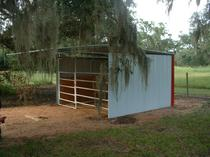 LOAFING SHED 12' X 12'