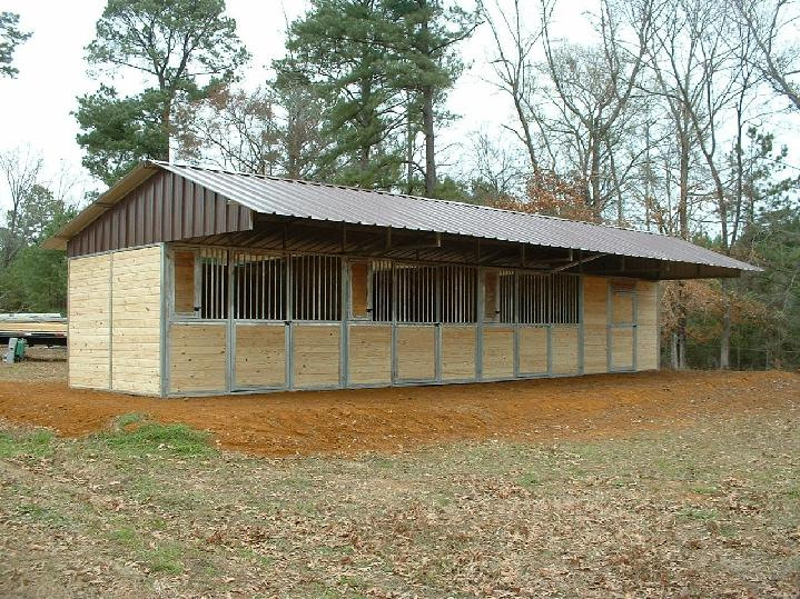 LONESTAR TONGUE AND GROOVE SHEDROW BARN IN MANY SIZES THIS ONE IS 3 HORSE STALLS 1 TACK ROOM WITH 8 FT PORCH